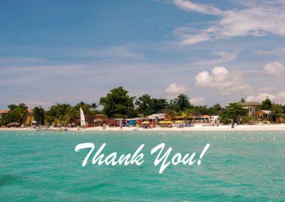Agradece à praia, às águas transparentes, ao céu azul e à areia branca por existirem! Aprende a agradecer o tudo e o nada que te acontece. Thank You
