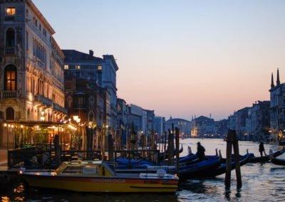 Grande Canal em Veneza, ao Anoitecer.