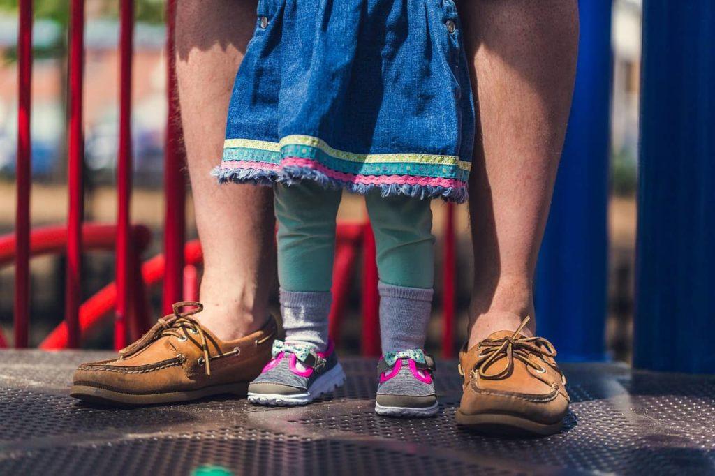 Pessoas - adultos e crianças - são seres vulneráveis e estabelecem conexões..
