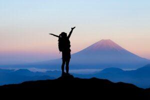 Definir objetivos é o que nos faz chegar ao topo da montanha